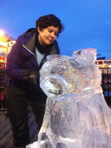 Laura carves Pudsey live for Children in Need