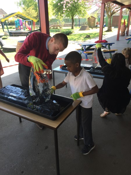 Ice sculpting with the Kids at Ton-Yr-Ywen Primary School